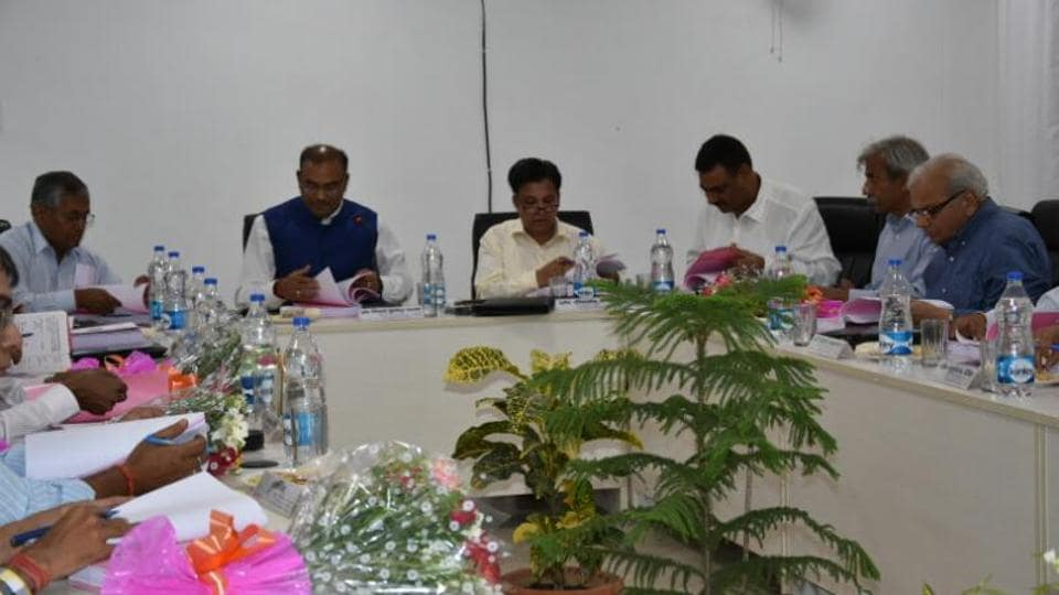 An AKTUadministrative meeting where it was decided that start-up centres will be opened in Greater Noida.