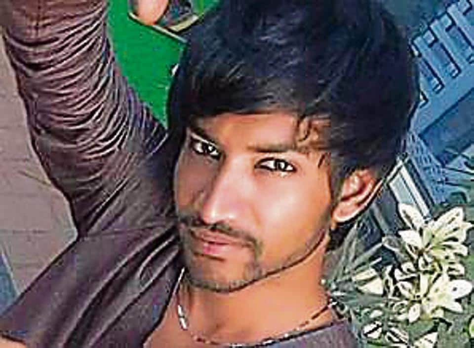 Ali Khan, who shot himself in the stomach with an unlicensed pistol, died in the hospital on Saturday night.
