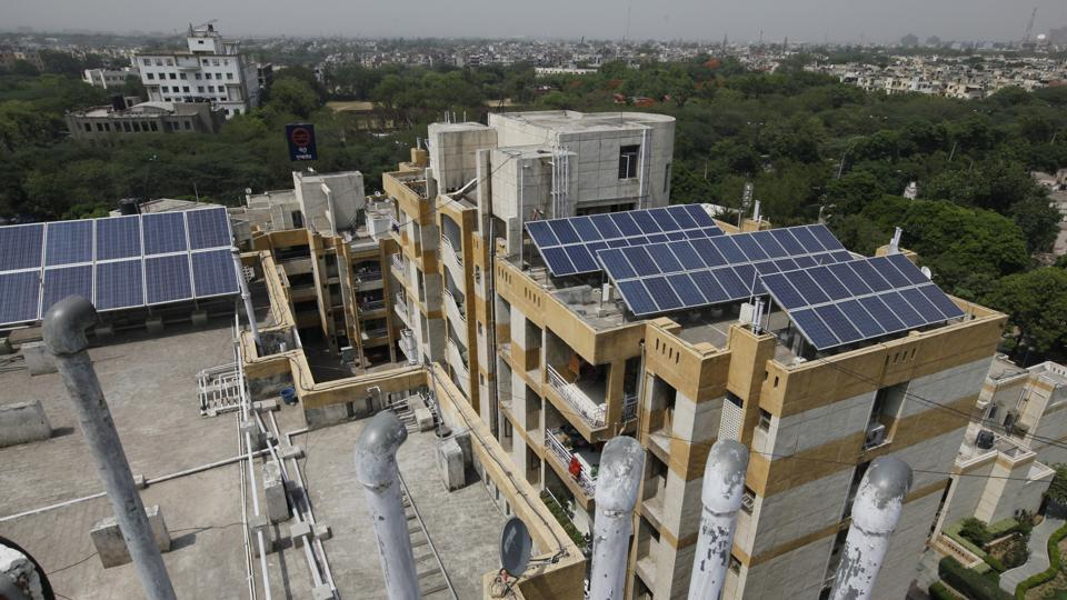 The Delhi government has started accepting applications from domestic consumers and institutions in the social sector for registration of solar panels