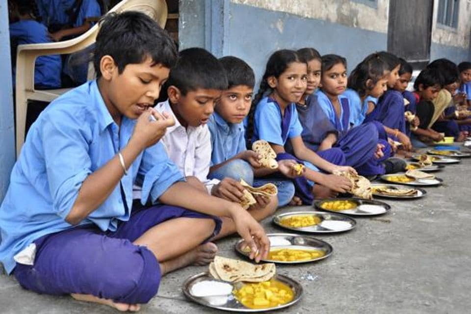 Students being served mid-day meal in Ludhiana.