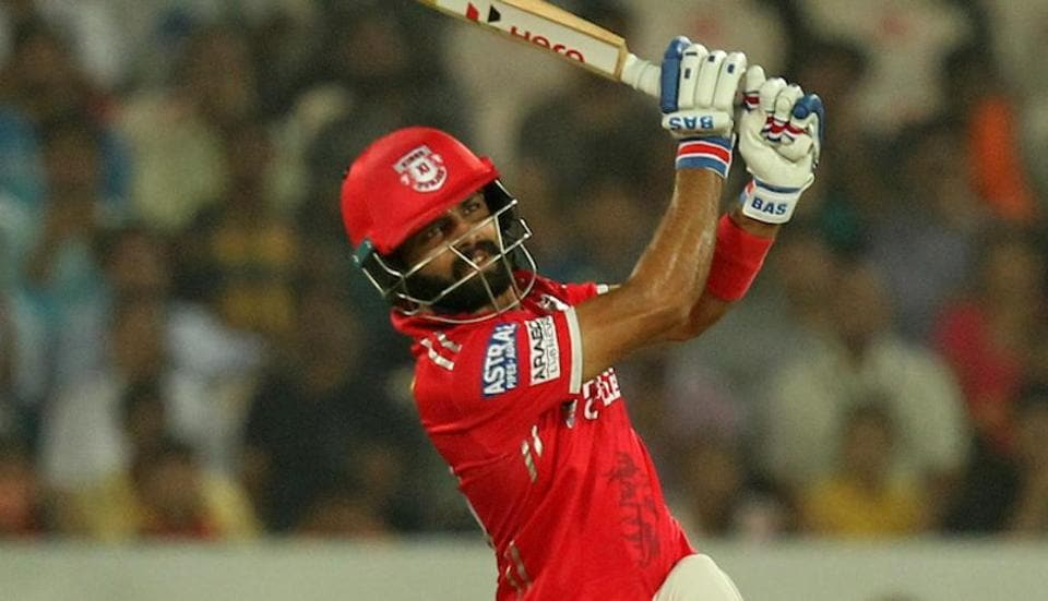 Manan Vohra's brilliant 50-ball 95 went in vain as Sunrisers Hyderabad defeated Kings XI Punjab by five runs to rise to third position in IPL 2017 standings.Get full cricket score of SRH vs KXIP here