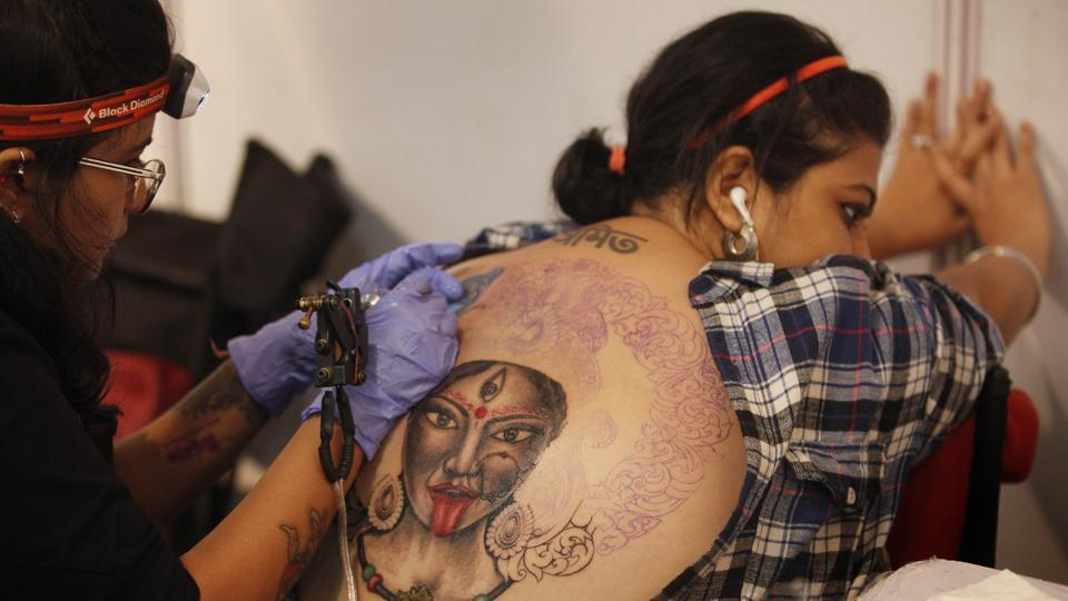 A recent study by Alma College, Michigan, USA, stated that tattoos affect the sweat glands in the skin.