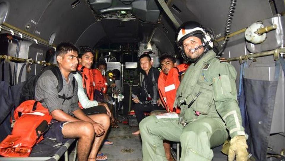 Indian Navy,rescue operation,Mumbai coast