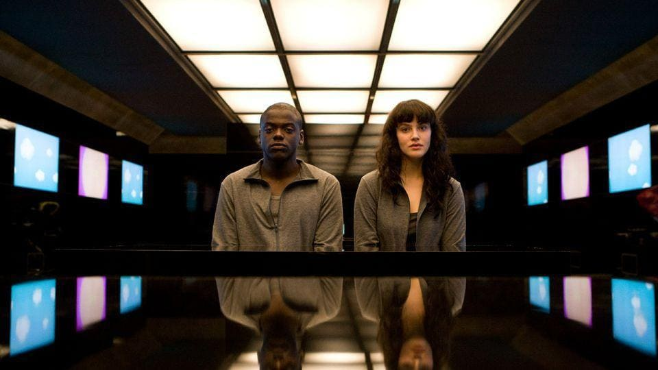 Daniel Kaluuya and Jessica Brown Findlay in an episode.