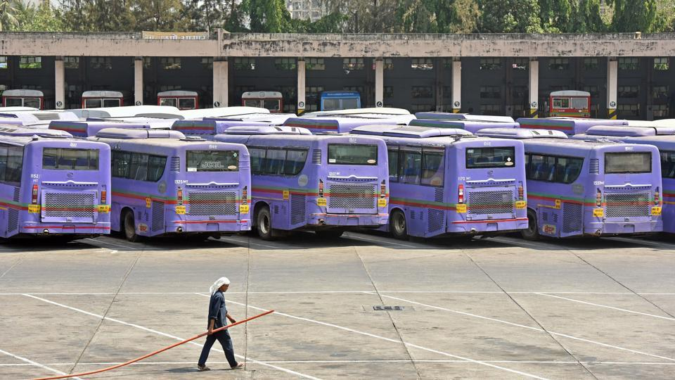 On Monday, BEST wound up its air-conditioned bus service. Next, it is going to shut some existing routes. Its accumulated losses have crossed Rs2,000 crore. Since last month, it does not have enough funds to pay salaries. The administration has prepared a plan, which includes curtailing bus operations and increasing the fare.