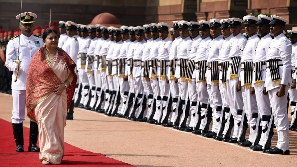 Nepal President Bidhya Devi Bhandari was given a ceremonial reception and accorded a guard of honour at the Rashtrapati Bhavan on Tuesday.  (Sonu Mehta/HT PHOTO)