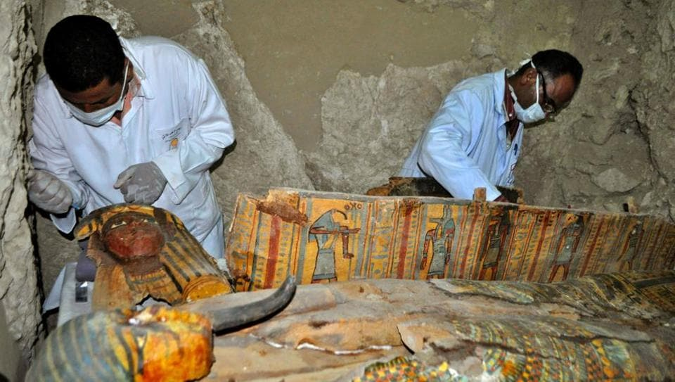 Archaeologists discover trove of ancient Egyptian artifacts
