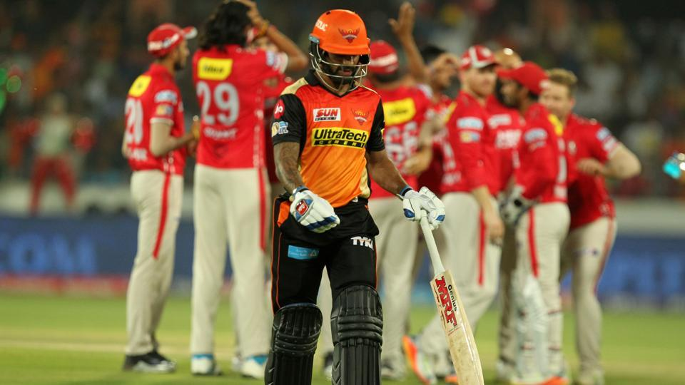 Losing the toss, Sunrisers Hyderabad didn't start well. Shikhar Dhawan (in pic) departed quickly on 15.  (BCCI)