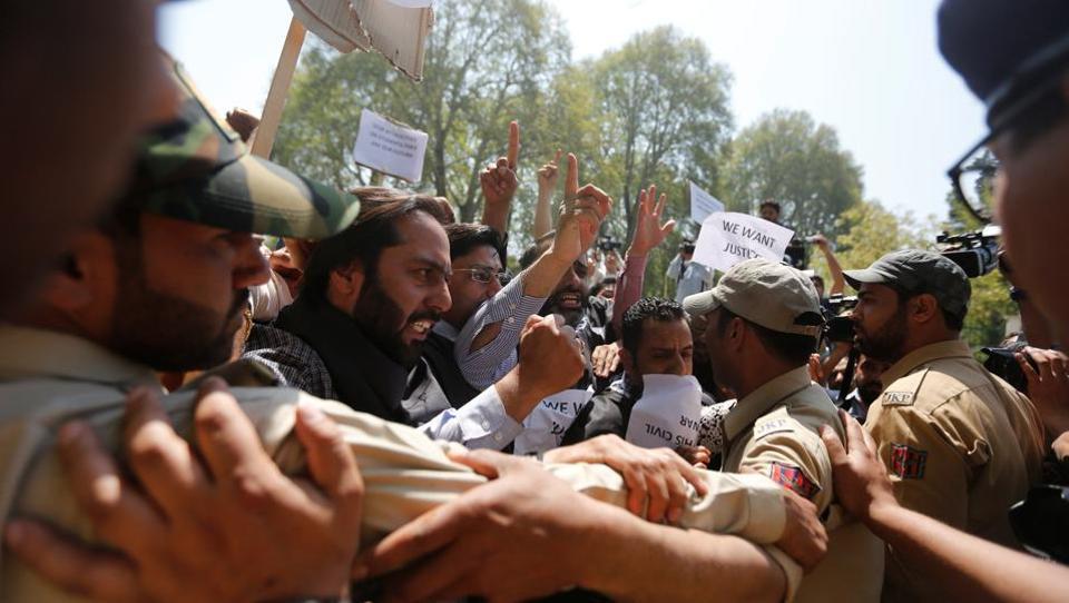 Kashmir violence,Mehbooba Mufti,Srinagar Lok Sabha polls
