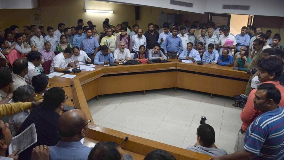 Homebuyers, Unitech Group and the Noida authority's additional chief executive officer Shishir Singh along with other officials discussed the issues that plagued the group housing project, which has been partially delivered after a five-year delay.