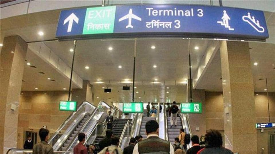 The passenger, who was travelling to Mumbai by an Air India flight, even refused to pay $49 for the Johnnie Walker Black Label bottle saying he did not have the money.