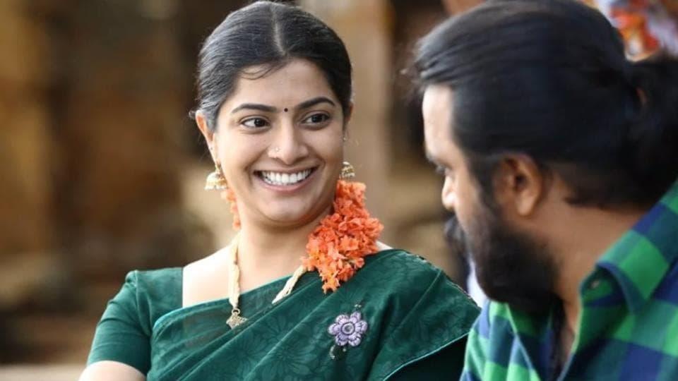 Varalaxmi Sarathkumar,Twitter,Thaarai Thappattai
