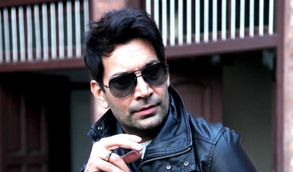 Jasbir Jassi,Phulkari,Bollywood