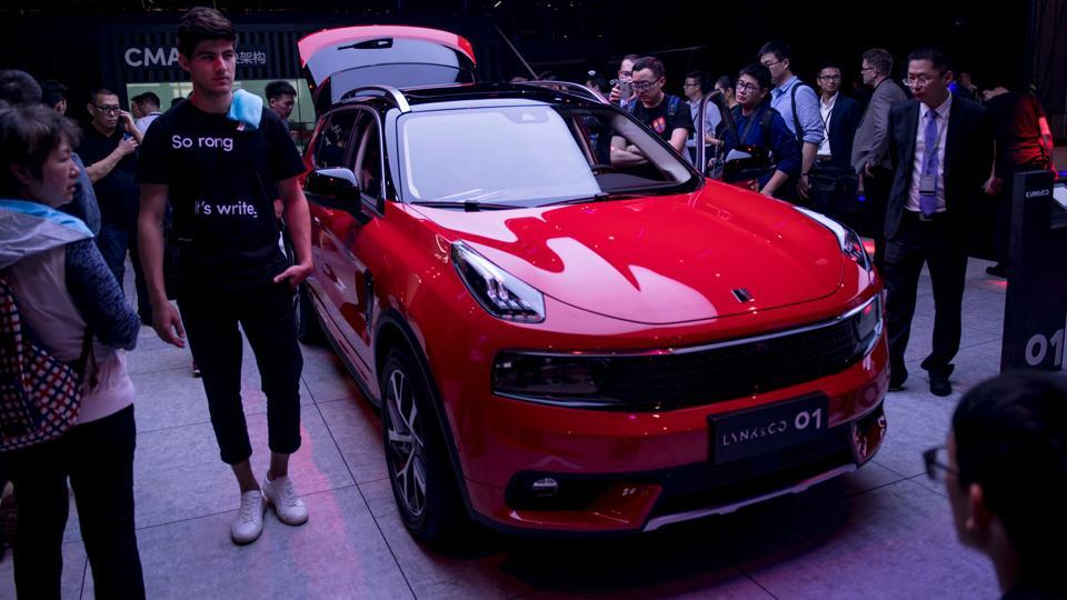 An O1 from Chinese car maker Lynk & Co is pictured during a media preview for the 17th Shanghai International Automobile Industry Exhibition in Shanghai on Wednesday. Lynk & Co -- a new unit of Chinese automaker Geely, which owns Volvo -- unveiled two SUVs at the auto show with built-in touch-screen sharing software developed with Microsoft and Sweden's Ericsson. (AFP)