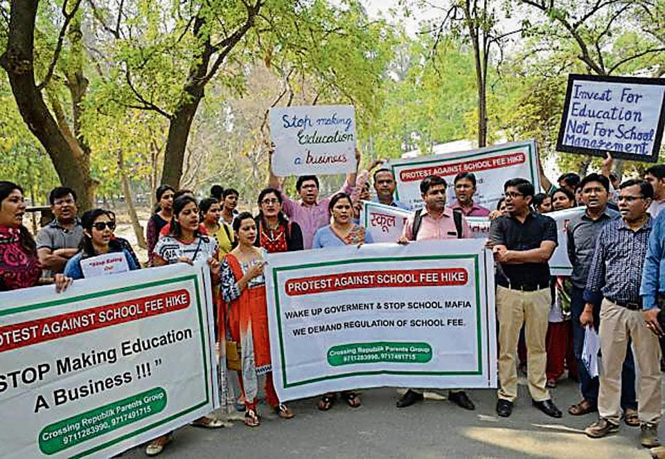 The association of parents and representatives of 15 schools were called for a meeting on Tuesday to resolve the issue.