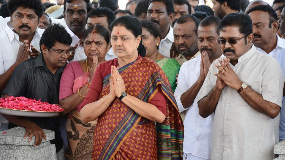 VK Sasikala pays her respects at the memorial for former state chief minister Jayalalithaa Jayaram before leaving to surrender to authorities, following a Supreme Court ruling, in Chennai on February 15, 2017. India's Supreme Court jailed the anointed next leader of Tamil Nadu for four years for corruption on February 14, heightening the turmoil in a state still reeling from the death of its long-time matriarch.
