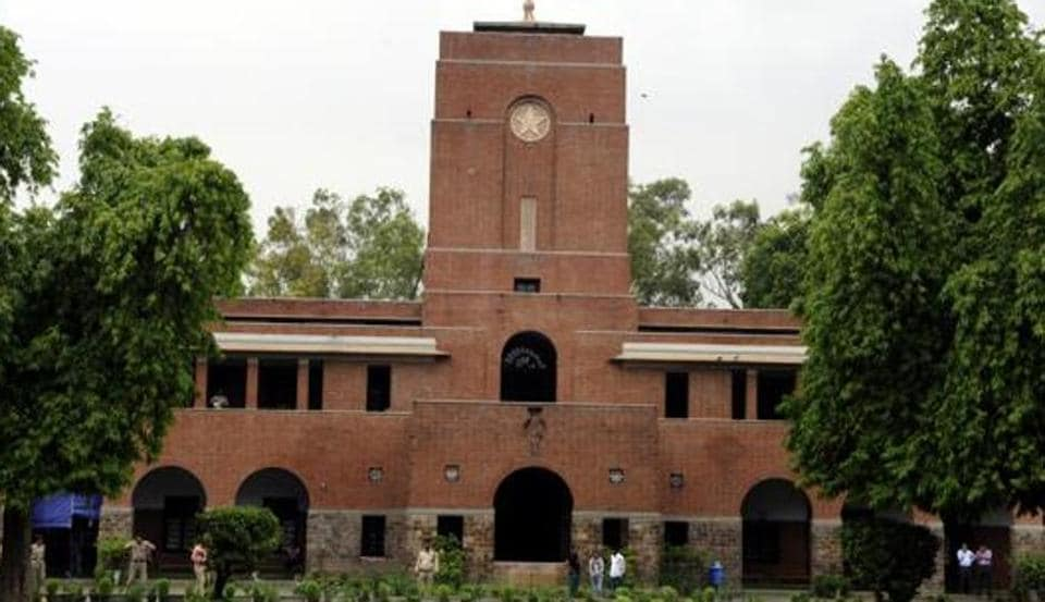 As the city is battling the heatwave, students and staff of St Stephen's complained that the college administration has instructed them not to use ACs.