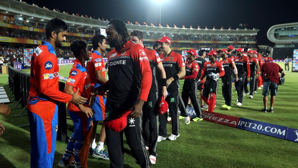 Chris Gayle gets congratulated by Gujarat Lions players post match.  Had AB de Villiers been fit, the southpaw might have not played this game.  (BCCI )