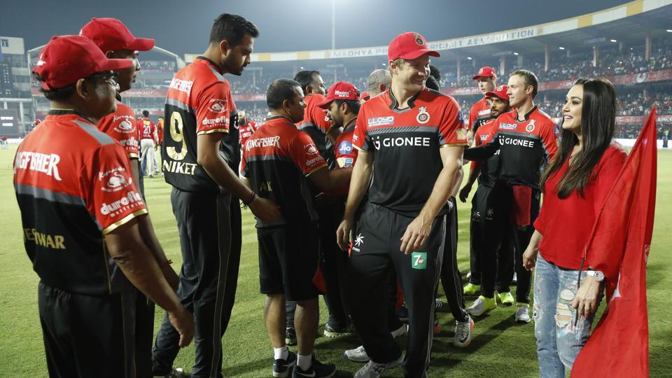 Preity Zinta greets Royal Challengers Bangalore players and Shane Watson after Kings X1 Punjab's match against them  at the Holkar Cricket Stadium in Indore on April 10. (BCCI/Sportzpics)