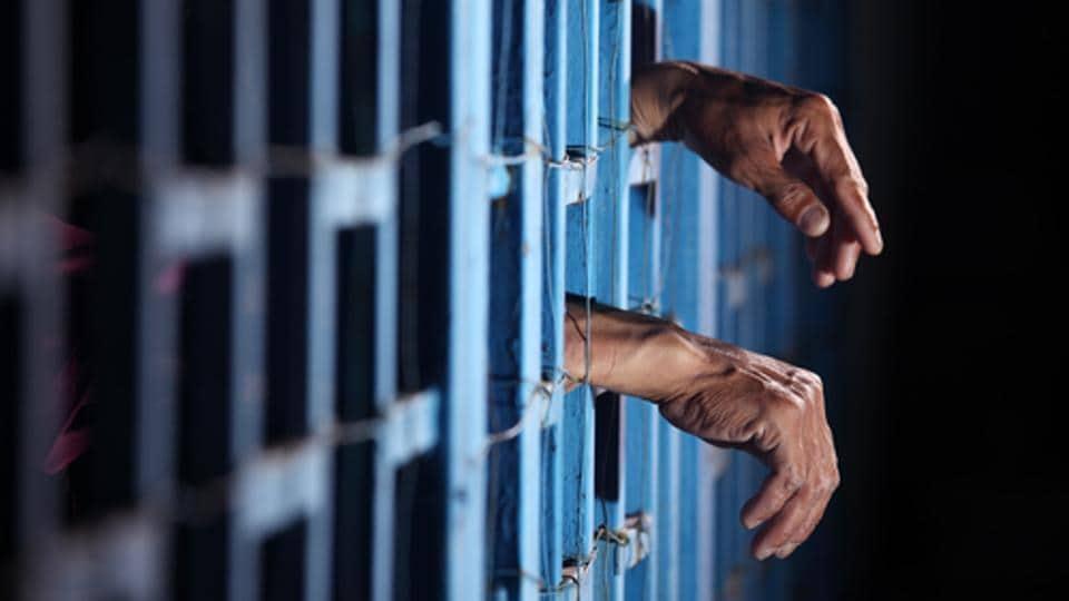 Treatment of prisoners,Jail,Uttar Pradesh