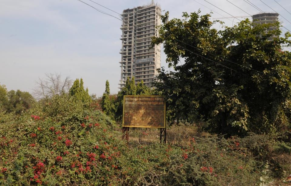 The high court is hearing a PIL filed by a Gurgaon resident seeking a CBI probe into the land dispute.