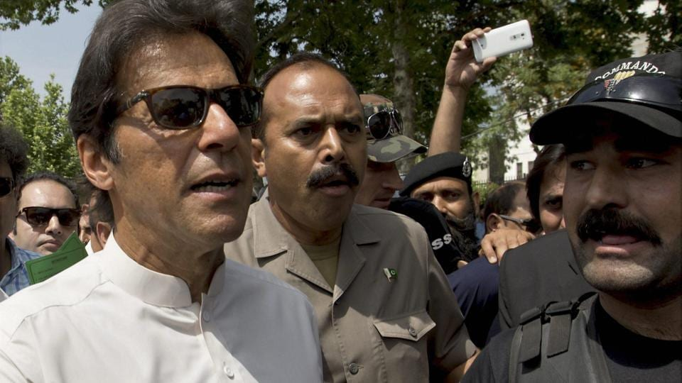 Pakistani opposition leader and chief of the Pakistan Tehreek-e-Insaf (PTI) party, Imran Khan, arrives at the Supreme Court in Islamabad, on April 20, 2017.