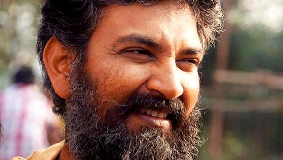 SS Rajamouli has appealed to people of Karnataka to let Baahubali 2 release as per schedule.