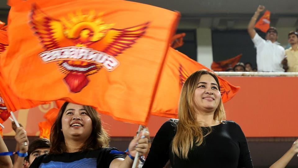 Jwala witnessed SRH's sixth match of the season with her sister (to her right).   (BCCI )