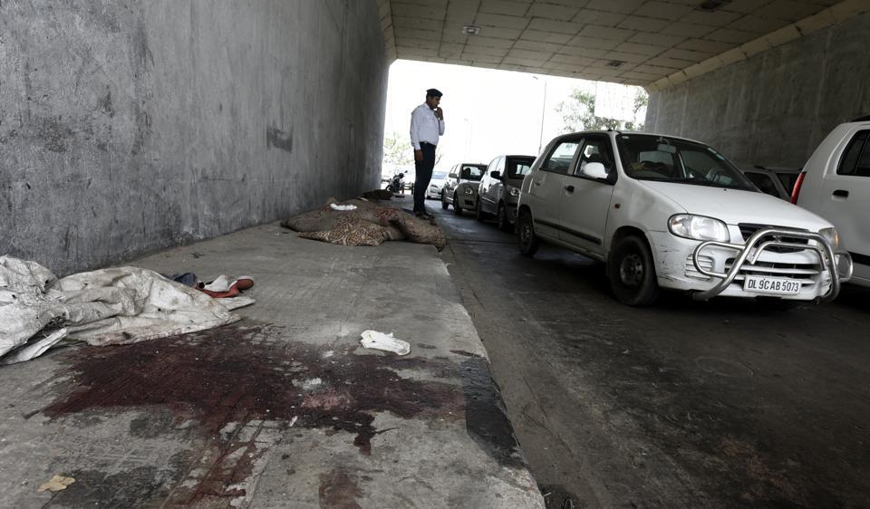 The pavement where a Hyundai i20 car ran over four people, killing one of them, near Kashmere Gate in north Delhi.