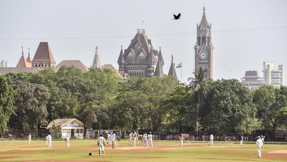 Mumbai maidans,oval maidan,cross maidan
