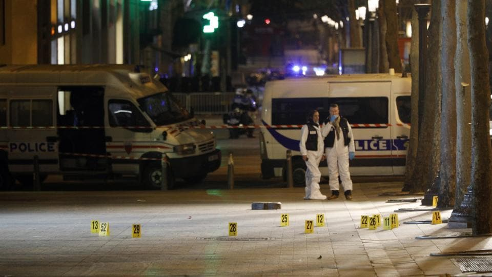 Paris,Paris shooting,Police shot in Paris