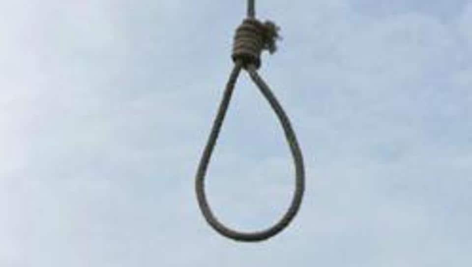 Delhi news,Oyo room,Delhi suicide