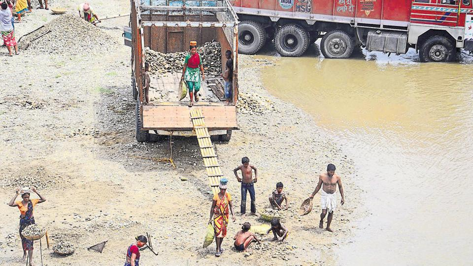 Clashes over control of dry river beds – which form the bedrock of a thriving illegal sand-mining industry – are not uncommon in southern parts of Bengal.