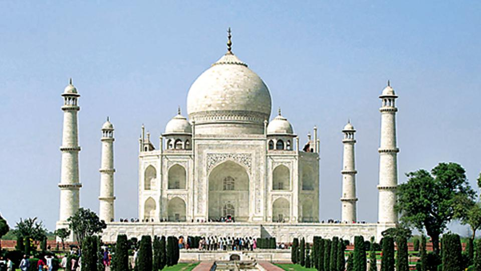 A view of the Taj Mahal, a 17th century monument commissioned by Mughal emperor Shah Jahan.