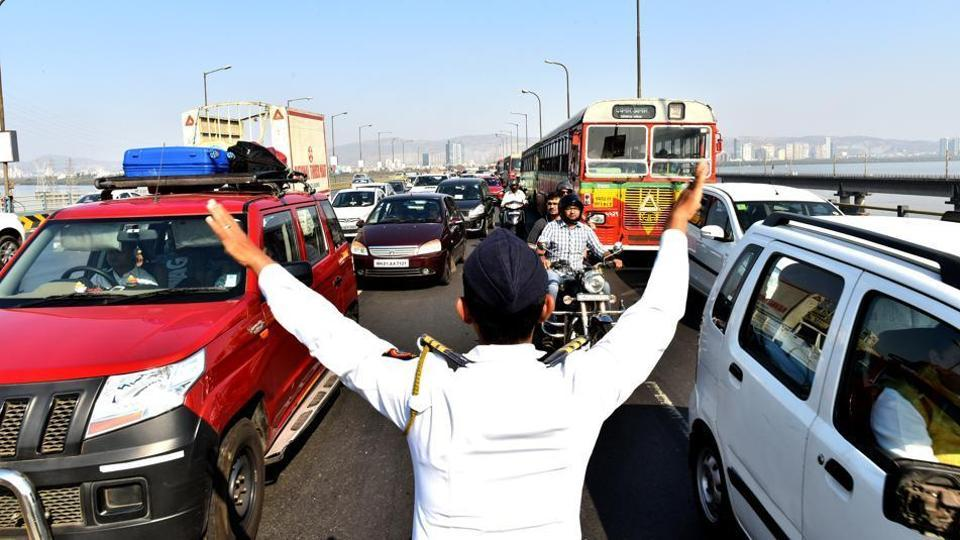 Standing at a noisy flyover for five minutes could make you feel dizzy, warns Sumaira Abdulali, convener, Awaaz Foundation.