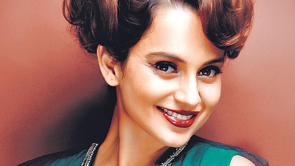 """""""I can't speak for anyone but I really love azaan... even when we were shooting in Lucknow I loved the sound of it. I'm speaking for myself,"""" said Kangana."""