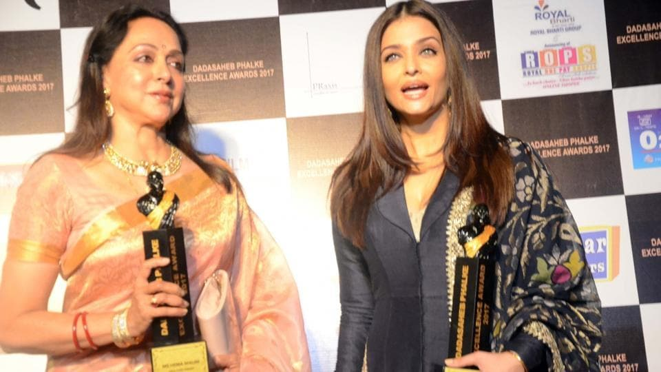 Hema Malini,Aishwrya Rai Bachchan,Shoojit Sircar