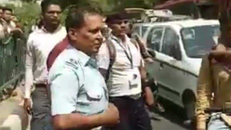 The attack on the IAF personnel, one of them in uniform, was recorded by an onlooker.
