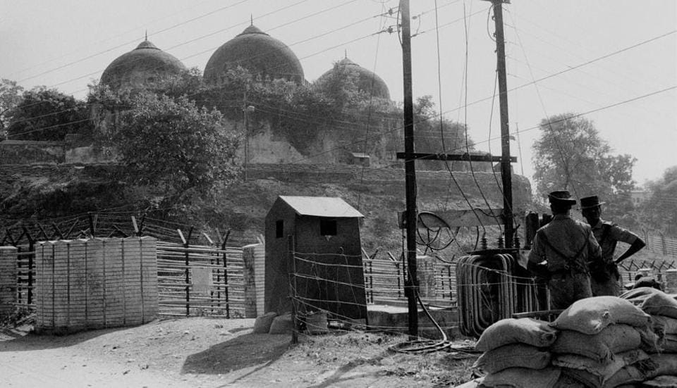 New Delhi: File photo of Babri Masjid in Ayodhya, Nov, 1990. Senior VHP leader Ram Vilas Vedanti, a former BJP MP, along with a Hindu cleric - Abhay Chaitnya, who was carrying a trishul, was allowed to enter the makeshift shrine on Saturday afternoon, the Muslim leaders alleged.