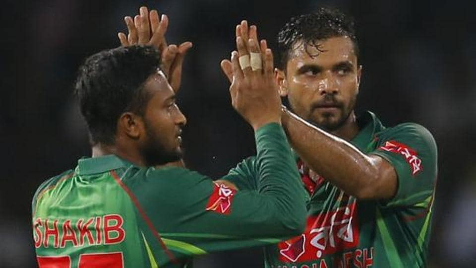 Shakib Al Hasan (left)replaced Mashrafe Mortaza as Bangladesh's T20 captain.