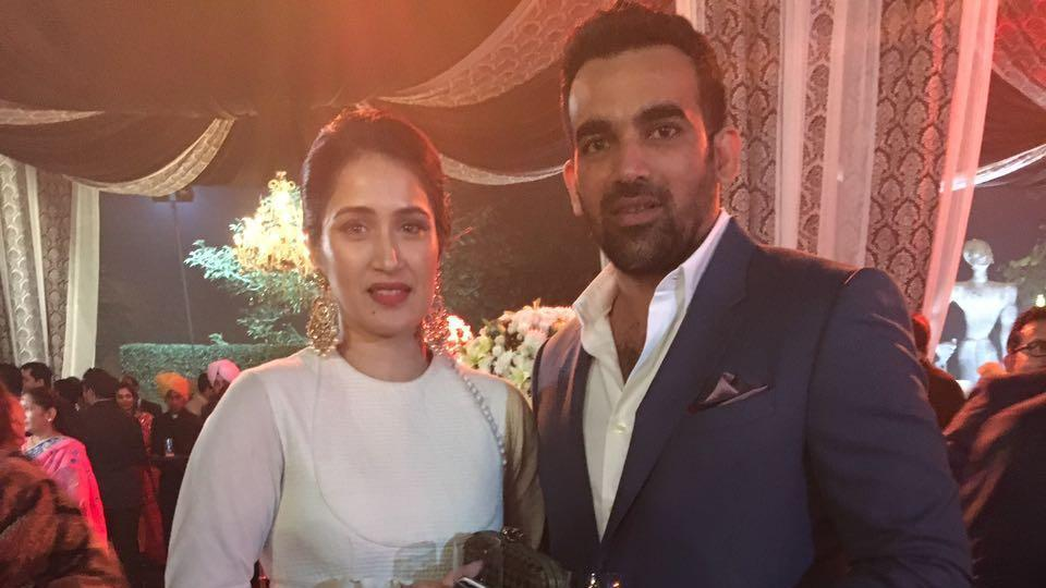 Zaheer Khan (R) took to Twitter to announce his engagement with Sagarika Ghatge (R).