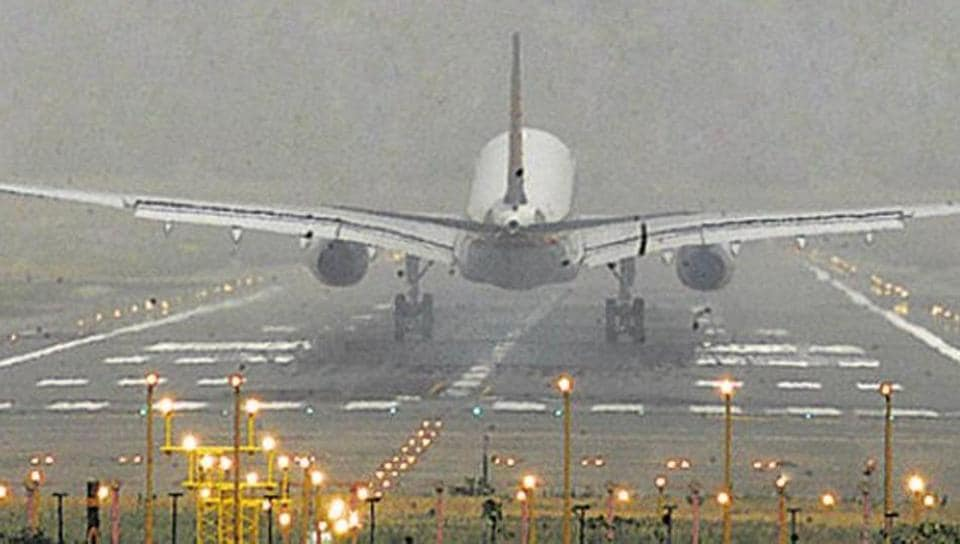 Delhi airport,security breach,Central Industrial Security Force
