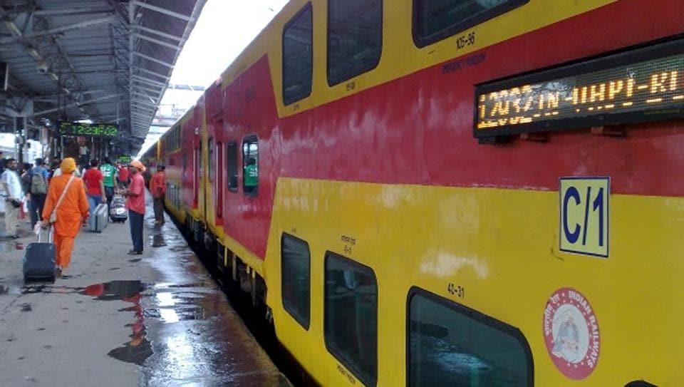 Double-Decker AC train,Indian Railways,AC Class
