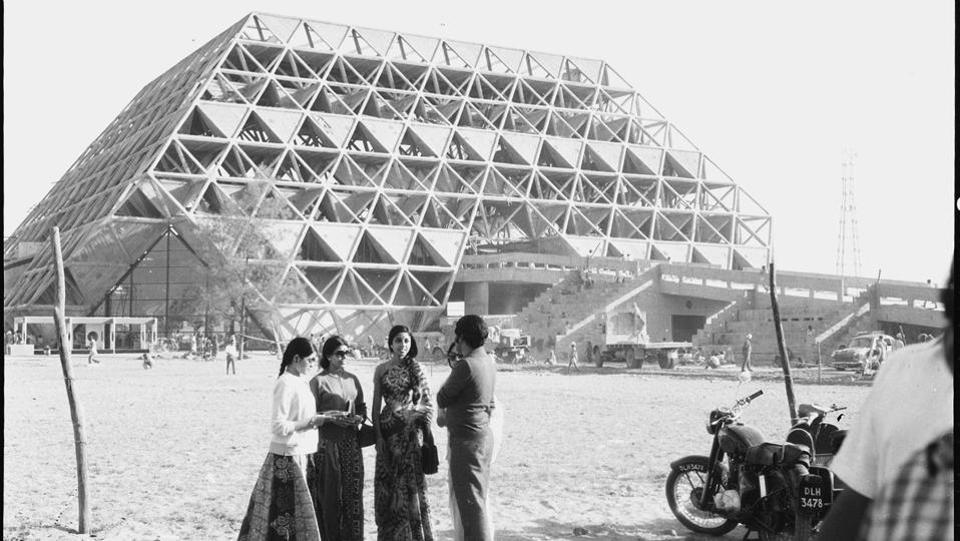 A group of visitors posing for a photograph at Pragati Maidan during Asia '72 Exhibition. (Virendra Prabhakar / HT photo)