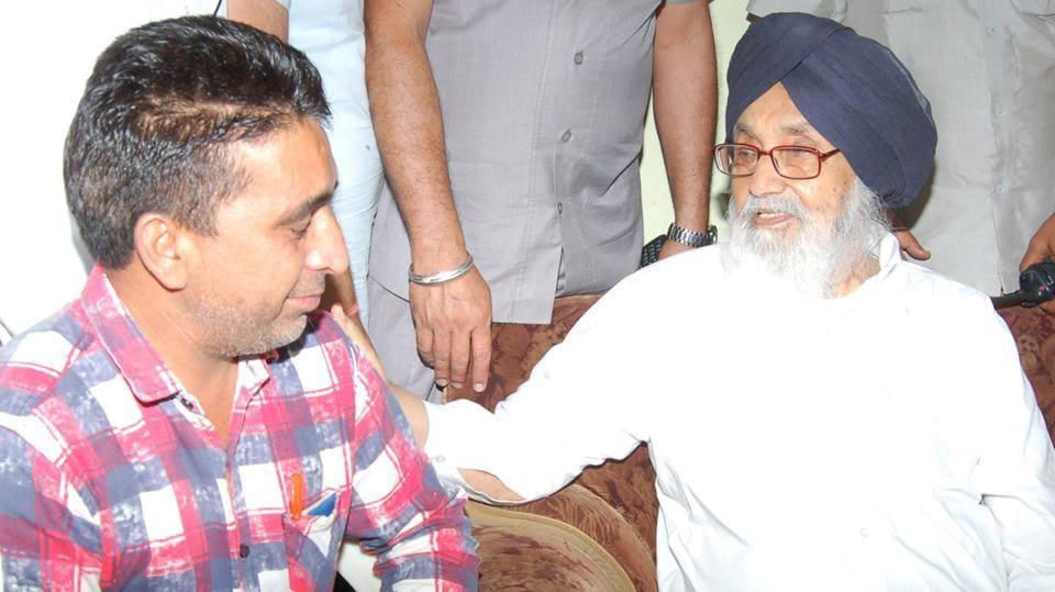 Parkash Singh Badal,Ex-Punjab CM,journalist Shivraj Singh Raju