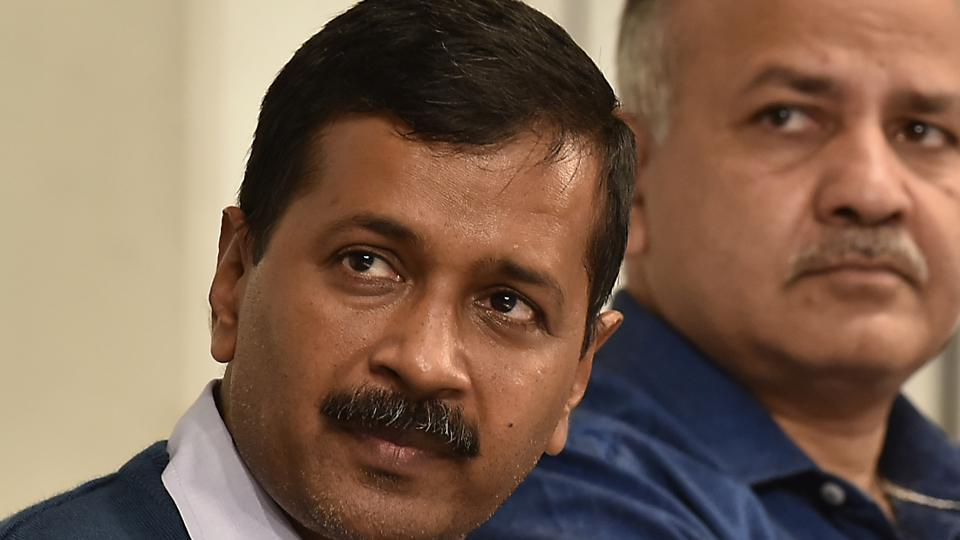 Photos of chief minister are given in advertisements of a state government, it is not the violation of the Supreme Court's order, says Delhi CMArvind Kejriwal.