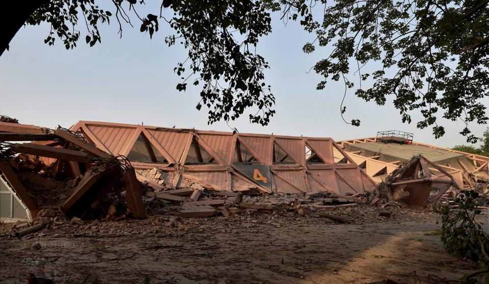 As the Hall of Nations lies in ruins, the heritage lovers in the city, described the demolition as a 'huge architectural loss'. (Shahbaz Khan  / PTI)