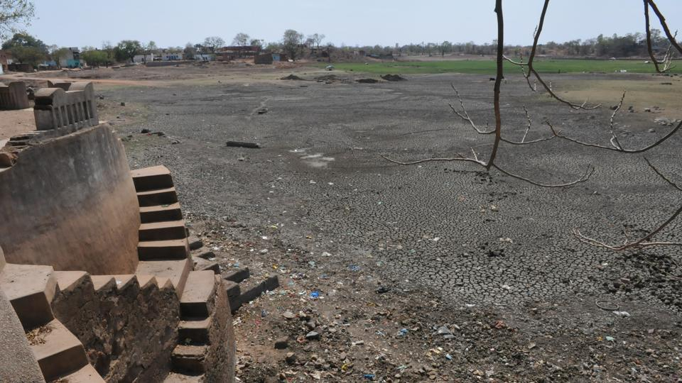Mirzapur, Sonbhadra and Chandauli have conditions similar to the ones in Bundelkhand.