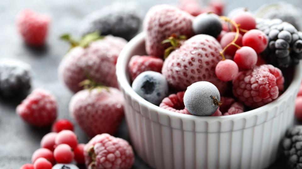 Adult consumers of frozen fruits and vegetables have significantly lower BMI than non-consumers.