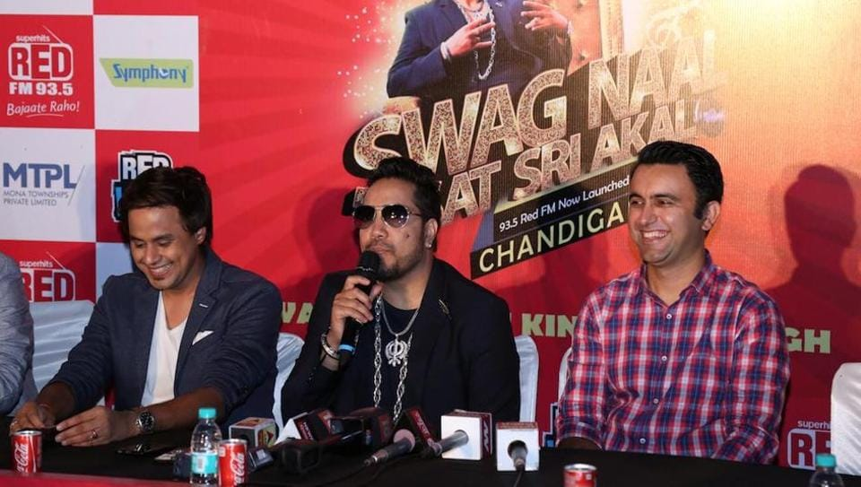 Singer Mika Singh (centre) during the Red FM launch at Leisure Valley, Sector 10, Chandigarh.